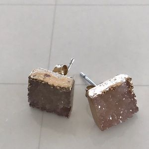 Jewelry - Stone square earrings
